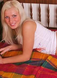 Teen Blonde Licking Curved Cock Teen Porn Pix