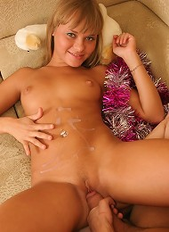 Sexy Teen Couple Spends New Years Eve Together Teen Porn Pix