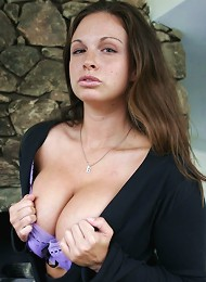 Jordans Huge Tits Are So Fucking Nice! Teen Porn Pix