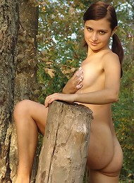 Hot Russian Teen Gets Naked In The Woods Teen Porn Pix