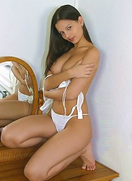Sexy White Bra And Panties Teen Porn Pix