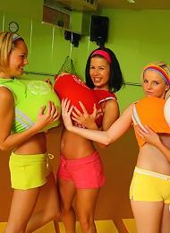 Four 18yo Schoolgirls Play With Cock After Aerobics Class Teen Porn Pix